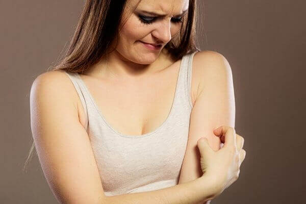 Postpartum Itching and Rashes - Causes and Treatments That Work