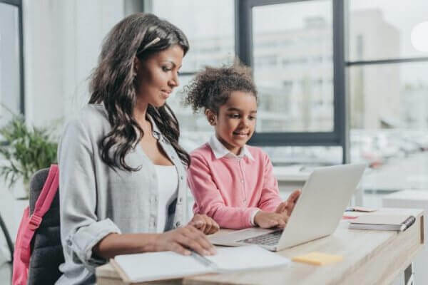 Working Mother: Work-Life Balance Tips & Advice for Moms