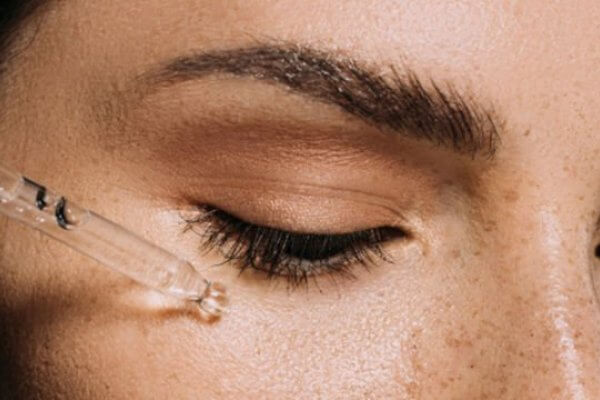 What is Hyaluronic Acid & How to Use it at Home?